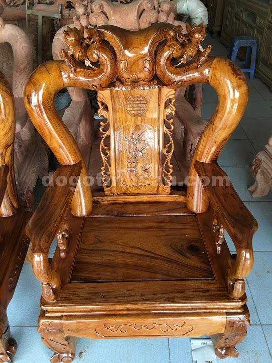 IMG 0827 - Bộ bàn ghế phòng khách gỗ gụ ta tay 12 vách rời