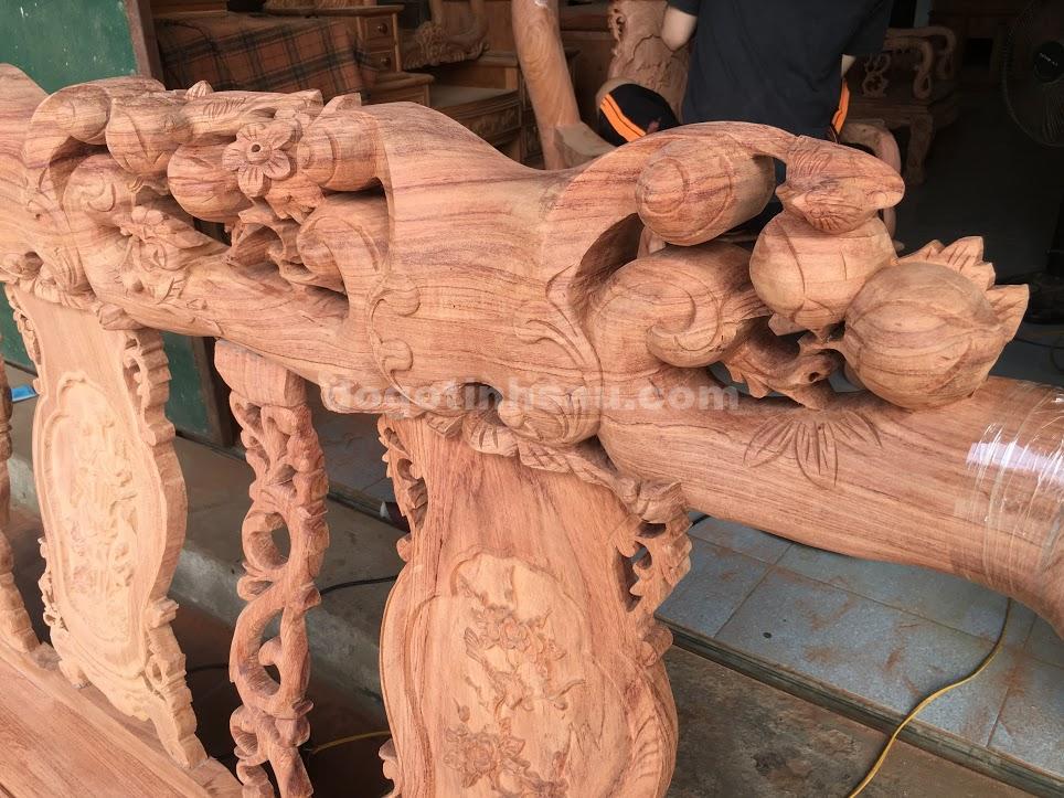 IMG 3498 - Bộ bàn ghế phòng khách tay 10 gỗ hương đá vách liền