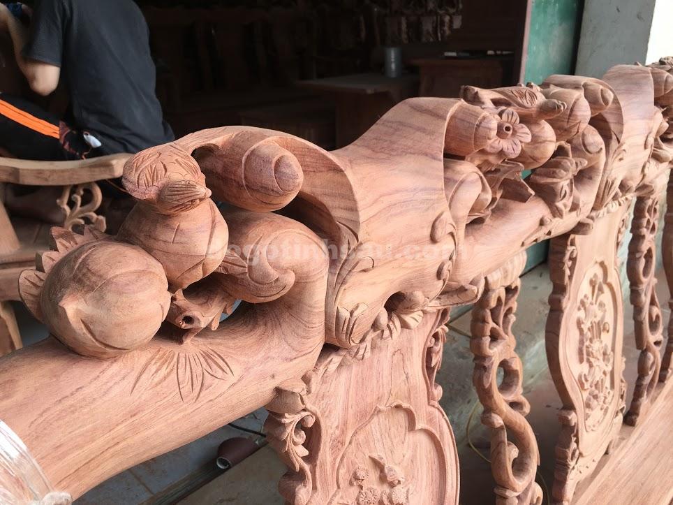 IMG 3502 - Bộ bàn ghế phòng khách tay 10 gỗ hương đá vách liền