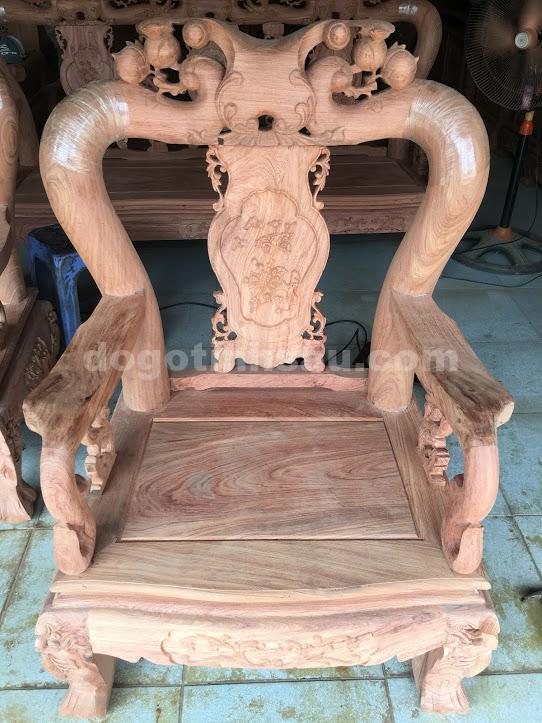 IMG 3509 - Bộ bàn ghế phòng khách tay 10 gỗ hương đá vách liền