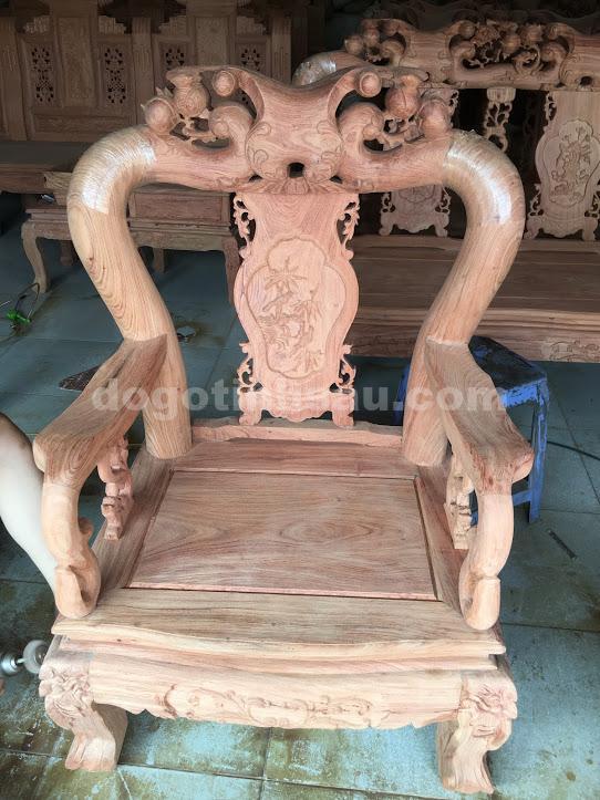 IMG 3510 - Bộ bàn ghế phòng khách tay 10 gỗ hương đá vách liền