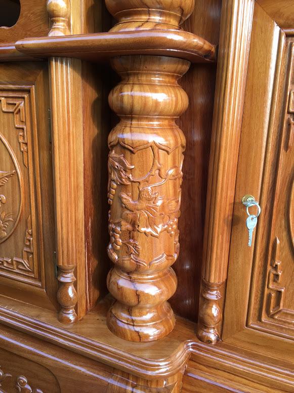 IMG 4090 - Kệ tivi cột nho gỗ gõ đỏ
