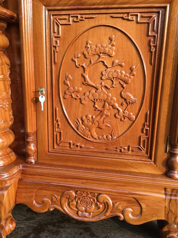 IMG 4092 - Kệ tivi cột nho gỗ gõ đỏ