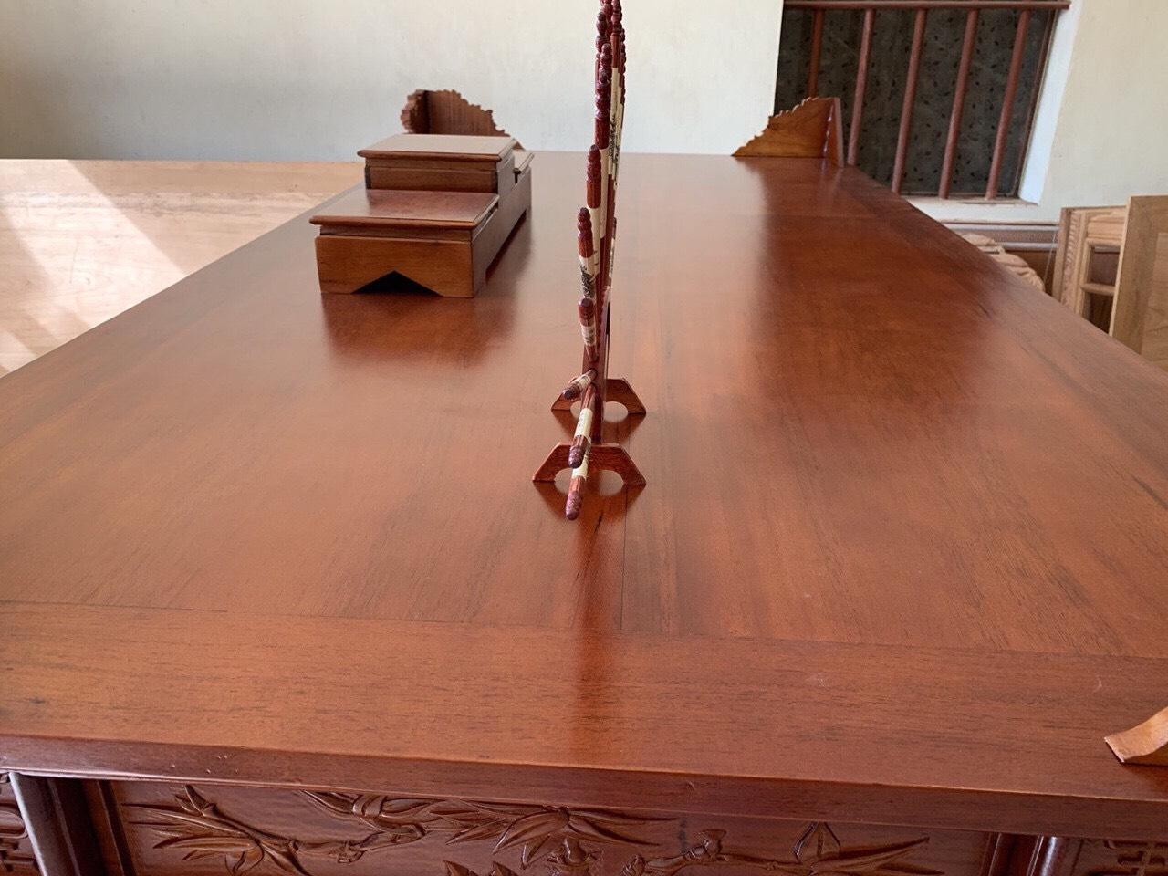 van mat - Sập thờ gỗ gụ chân 22 chạm Mai Điểu