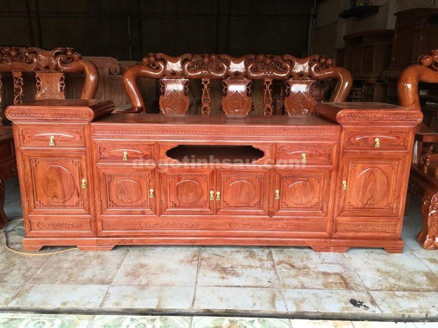 IMG 3879 880x660 - Kệ tivi gỗ hương đá kiểu mõ lõm dài 2m2