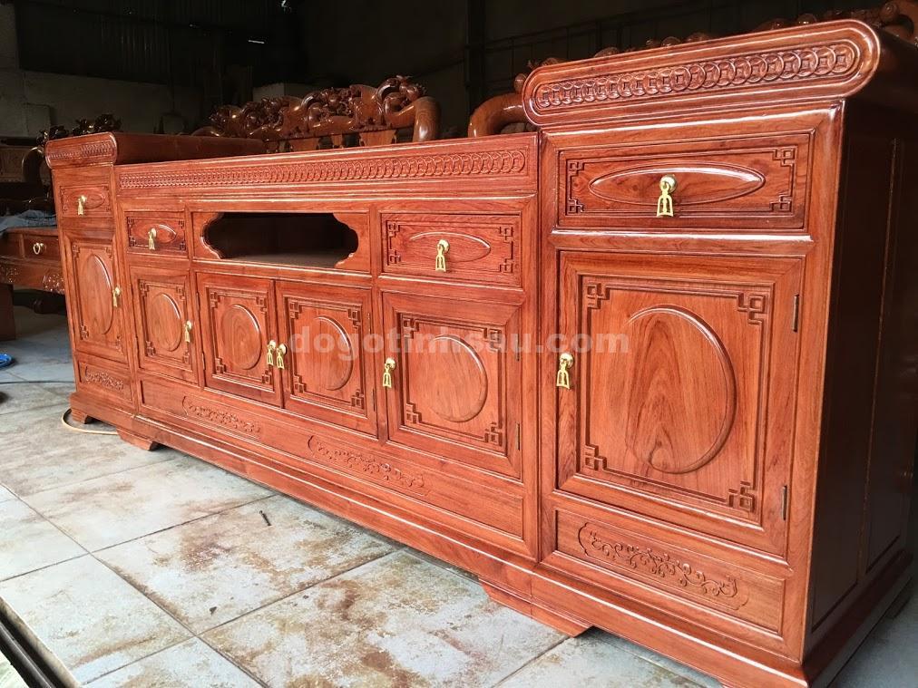 IMG 3881 - Kệ tivi gỗ hương đá kiểu mõ lõm dài 2m2
