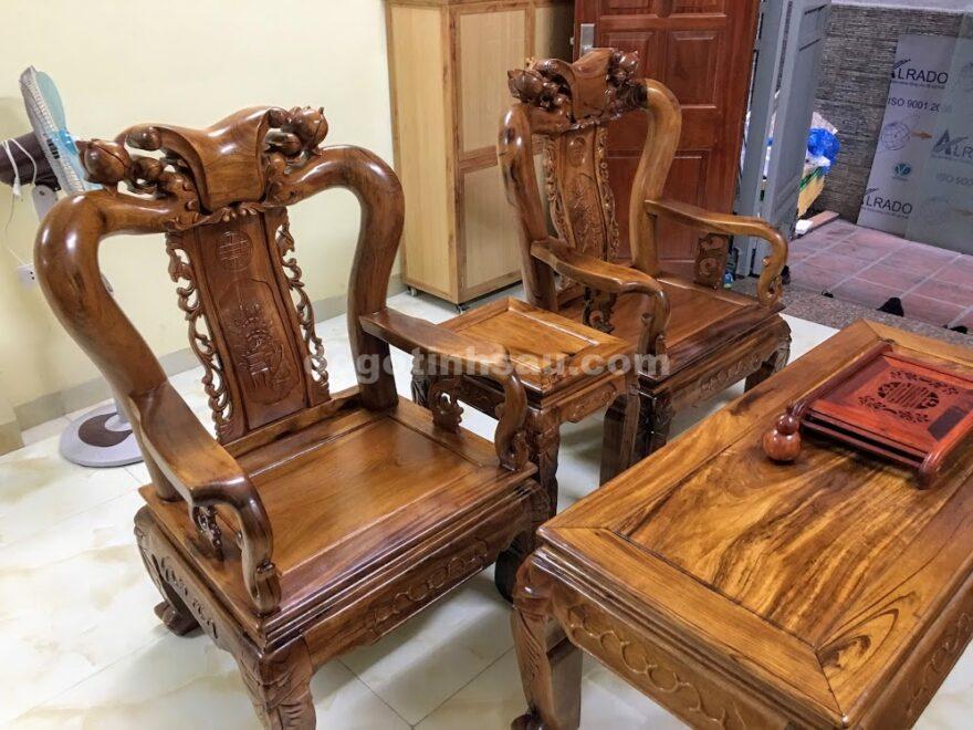 IMG 4134 1 880x660 - Bộ bàn ghế gỗ gụ ta tay 10