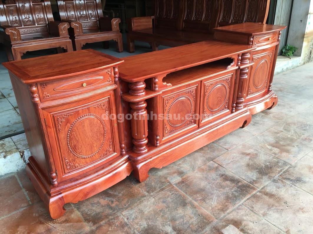 IMG 4165 - Kệ tivi cột trơn gỗ hương đá cánh cong dài 2m4