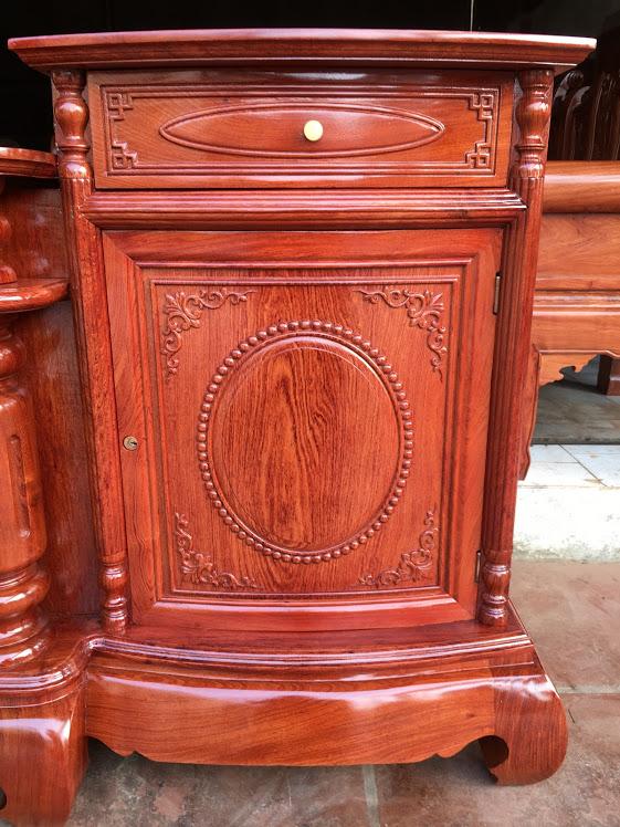 IMG 4166 - Kệ tivi cột trơn gỗ hương đá cánh cong dài 2m4