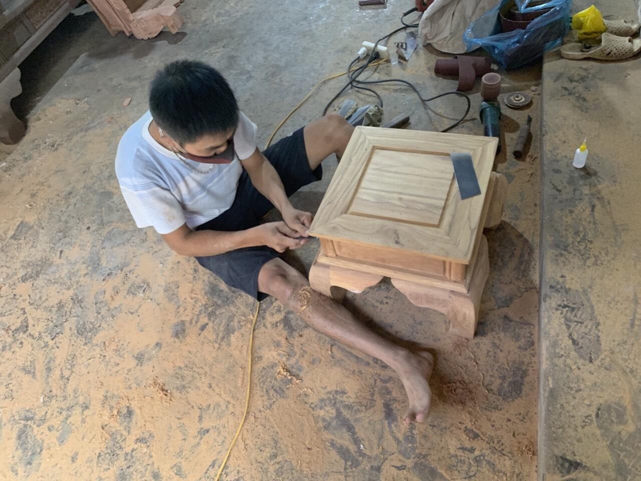 lap rap tai xuong - Bộ bàn ghế Tần Thủy Hoàng tay 12 gỗ gõ đỏ