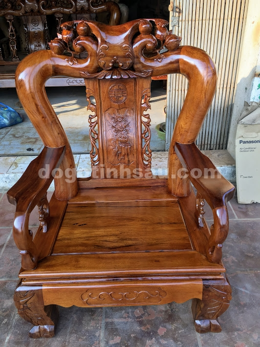 IMG 3748 - Bộ bàn ghế Minh Quốc đào tay 12 gỗ gụ ta Quảng Bình