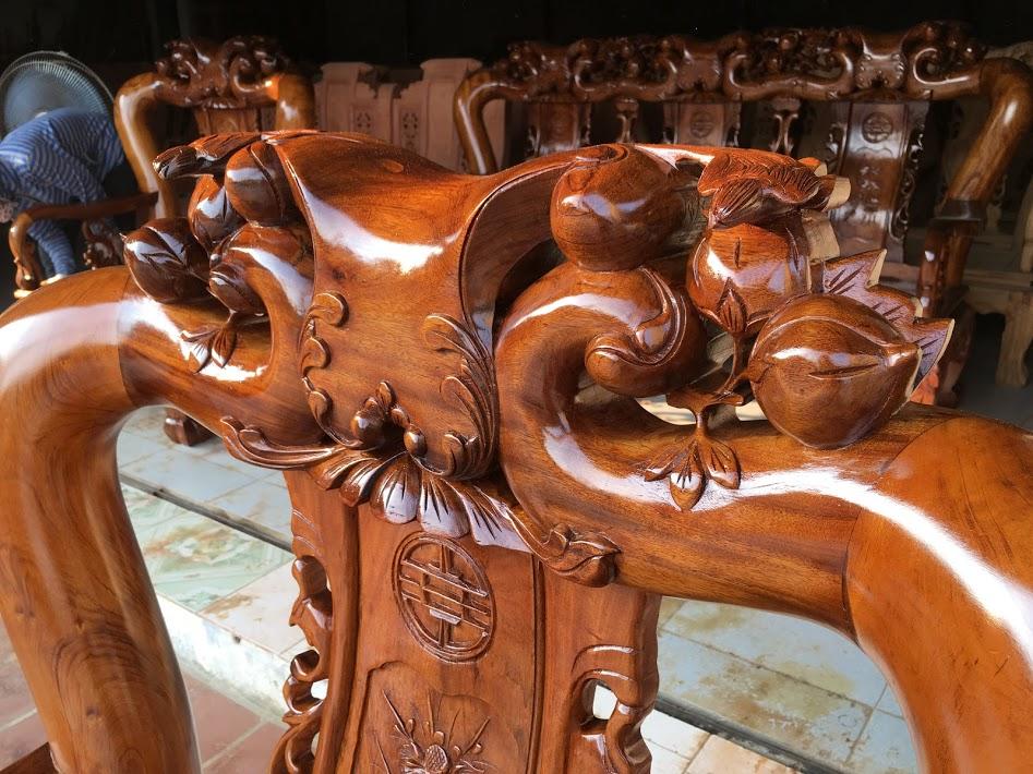 IMG 3752 - Bộ bàn ghế Minh Quốc đào tay 12 gỗ gụ ta Quảng Bình