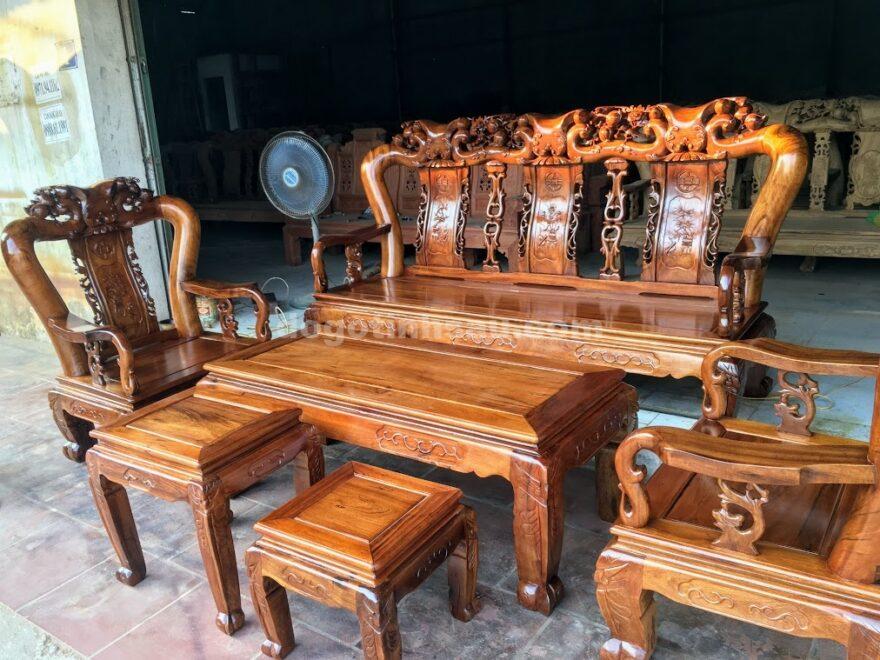 IMG 3770 880x660 - Bộ bàn ghế Minh Quốc đào tay 12 gỗ gụ ta Quảng Bình