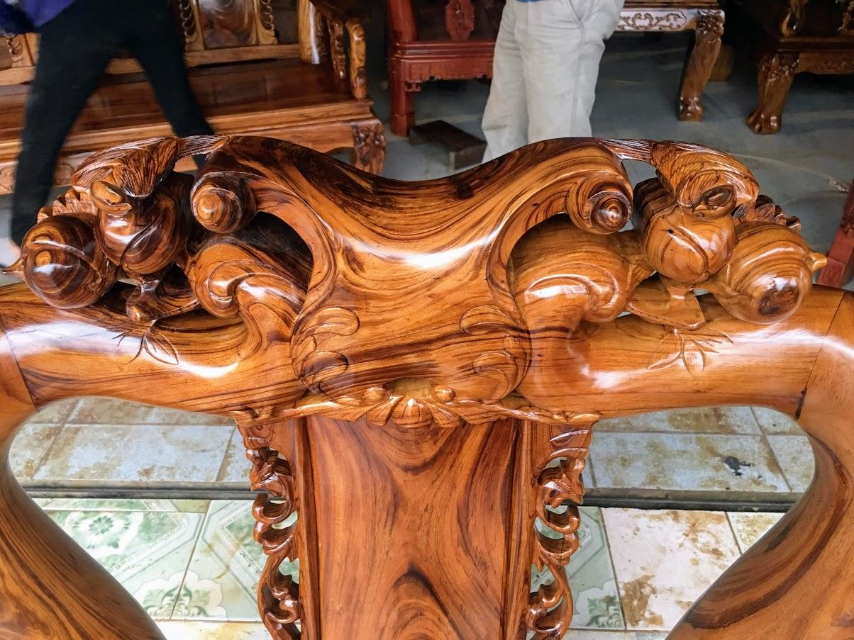 IMG 4256 - Bộ bàn ghế gỗ gụ ta tay 12 vân cực đẹp