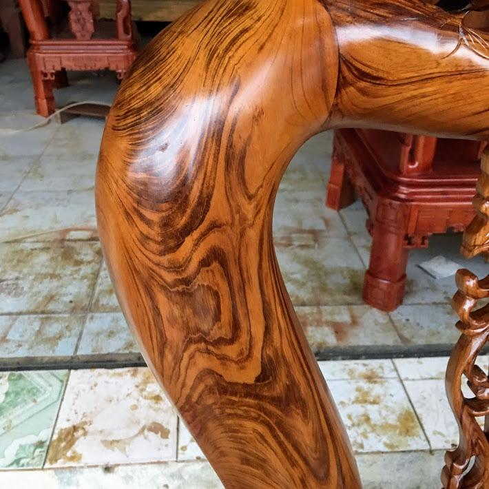 IMG 4276 1 - Bộ bàn ghế gỗ gụ ta tay 12 vân cực đẹp
