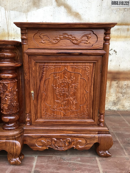 IMG 4311 - Kệ tivi cột nho gỗ hương vân dài 2m4
