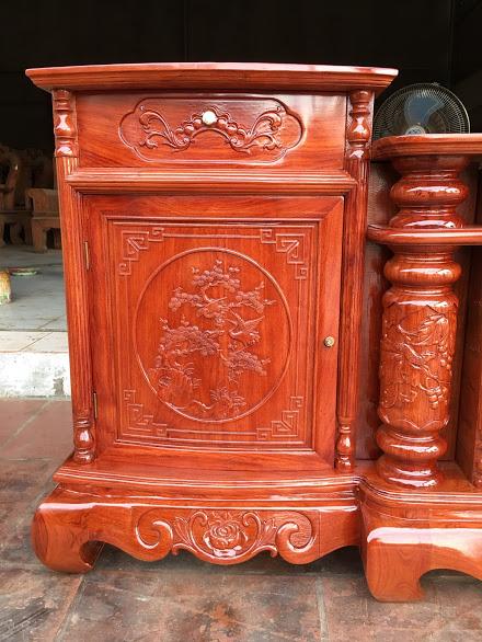 IMG 4324 - Kệ tivi cột nho gỗ hương đá dài 2m4 (cánh cong)