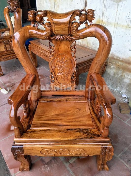 IMG 4380 - Bộ bàn ghế gỗ gụ ta quảng bình tay 10 (vách liền)