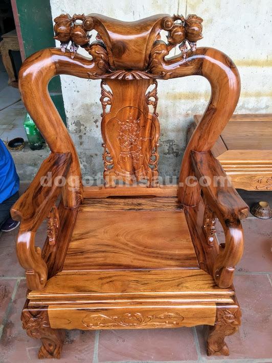 IMG 4386 - Bộ bàn ghế gỗ gụ ta quảng bình tay 10 (vách liền)