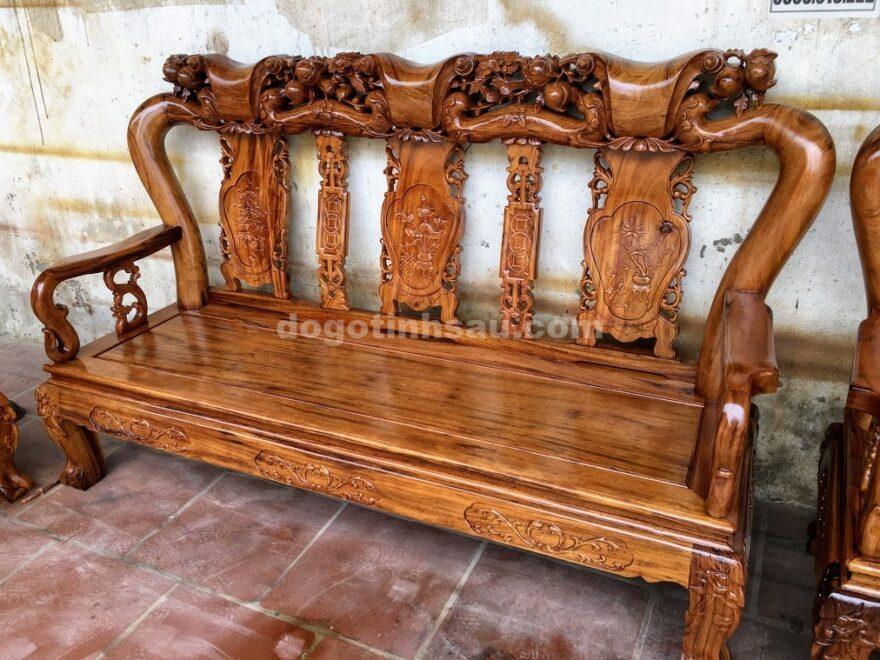 IMG 4401 880x660 - Bộ bàn ghế gỗ gụ ta quảng bình tay 10 (vách liền)
