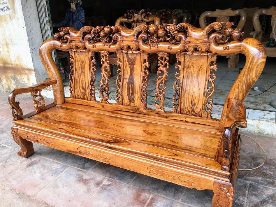 IMG 4696 - Bộ bàn ghế gỗ gụ ta Quảng Bình 6 món tay 12 vân VIP