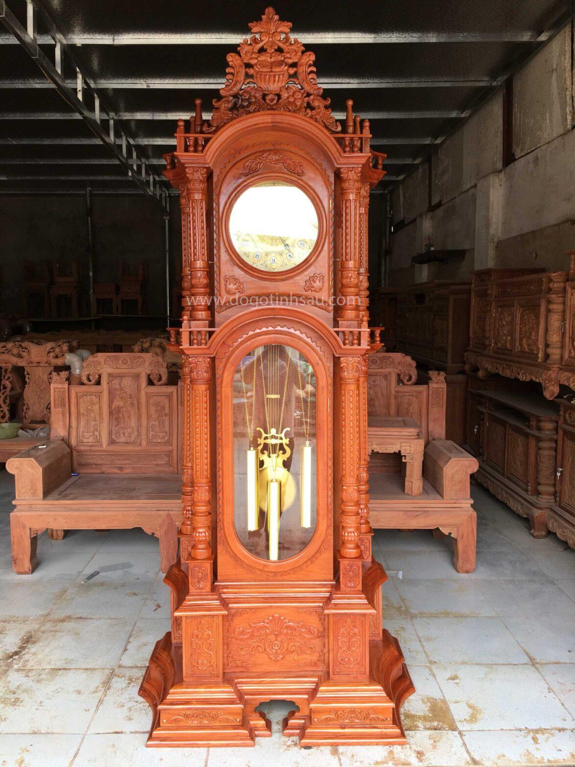 dong ho cay 1174x1565 - Đồng hồ cây gỗ hương đá kiểu dáng tháp tứ trụ vát