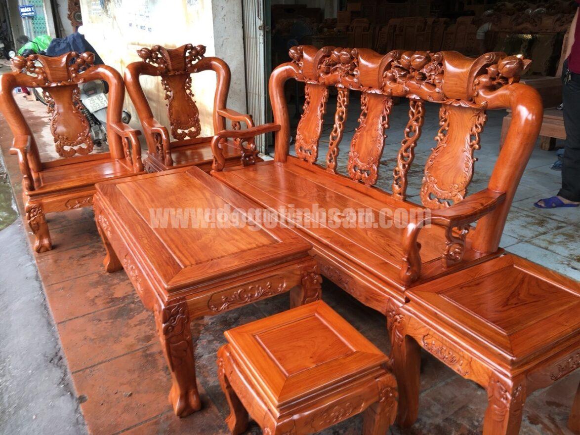 bo ban ghe minh quoc dao go huong da tay 10 vach tron 1174x881 - Bộ bàn ghế Minh Quốc đào gỗ hương đá tay 10 vách trơn