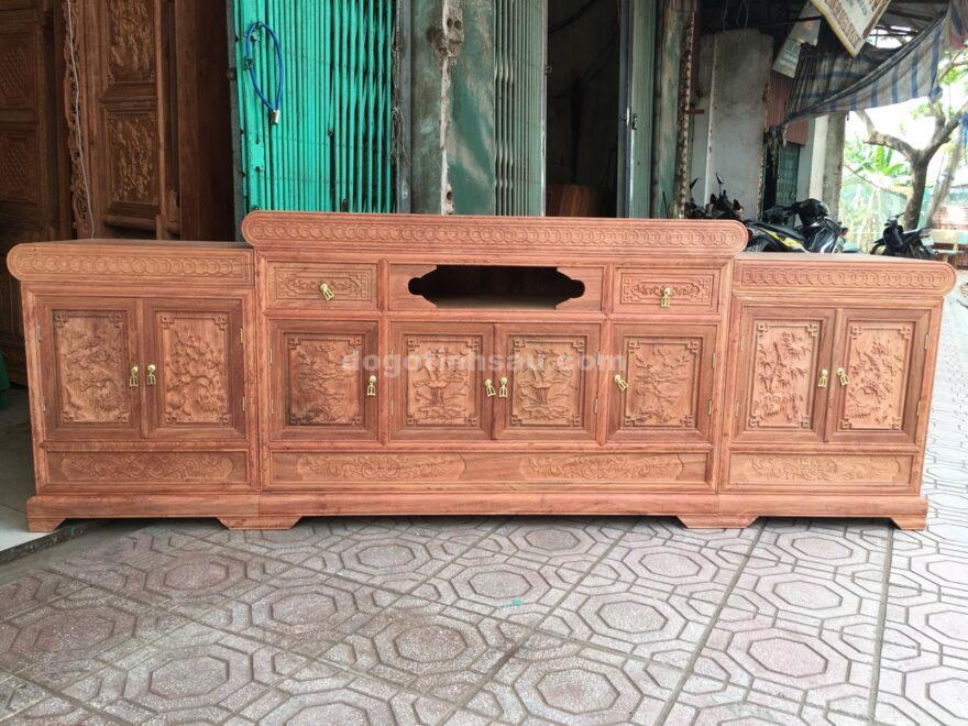 ke tivi mo loi go huong da dai 2m4 880x660 - Kệ tivi mõ lồi gỗ hương đá dài 2m4