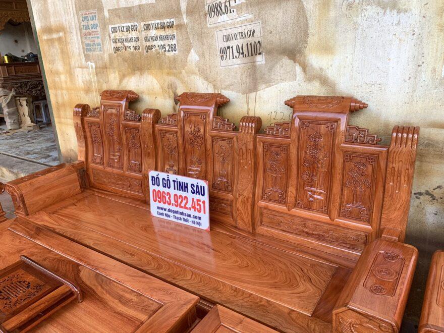 bo ghe au a hop go huong da 880x660 - Bộ bàn ghế âu á hộp gỗ hương đá chương cuốn thư vân VIP