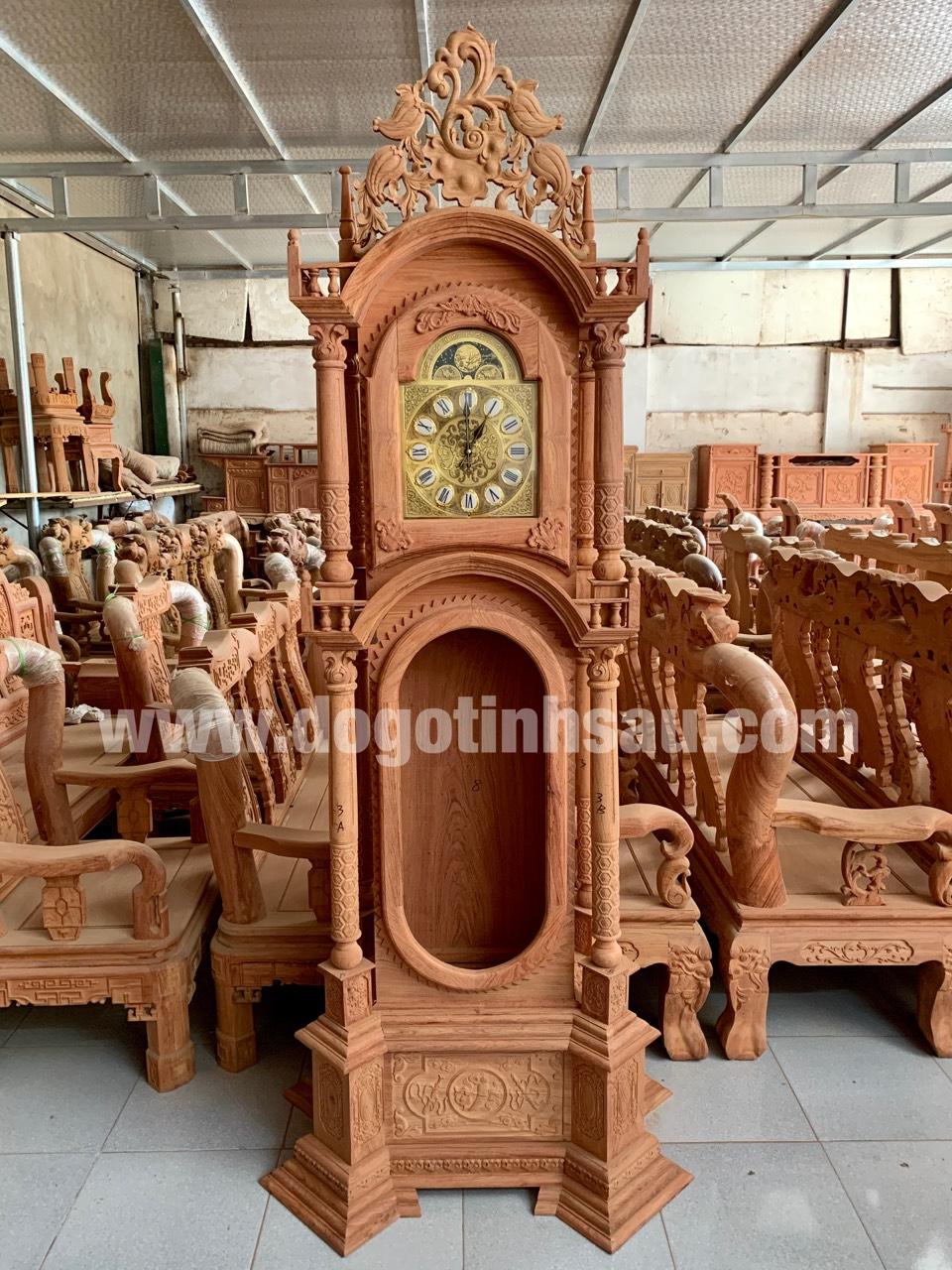 dong ho cay go huong da mau thap tu tru 1 - Đồng hồ cây gỗ hương đá mang lại sự thịnh vượng cho ngôi nhà của bạn