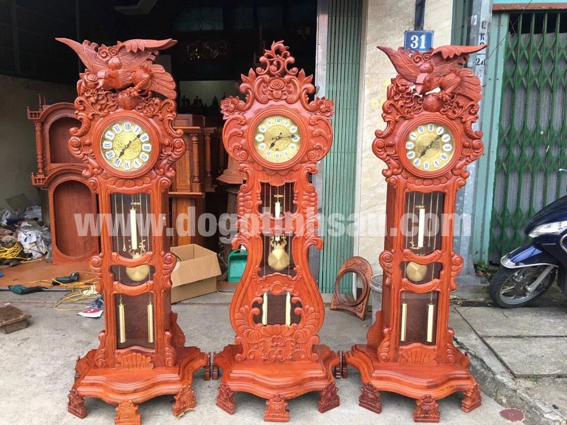 dong ho qua lac go huong da - Đồng hồ cây gỗ hương đá mang lại sự thịnh vượng cho ngôi nhà của bạn