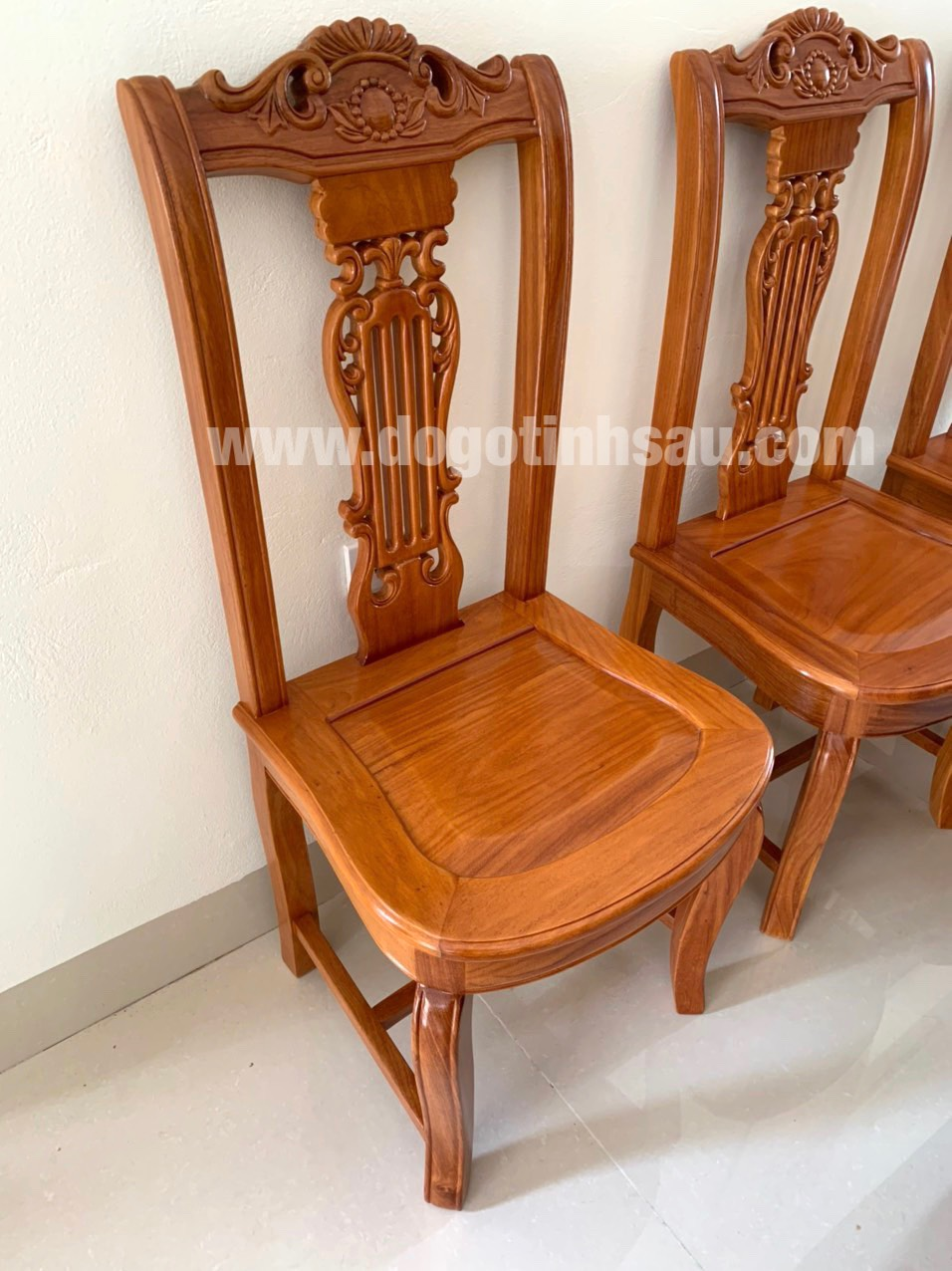 ghe an go go do hinh cay dan - Bộ bàn ăn bầu dục 10 ghế hình cây đàn gỗ gõ đỏ (trụ 16)