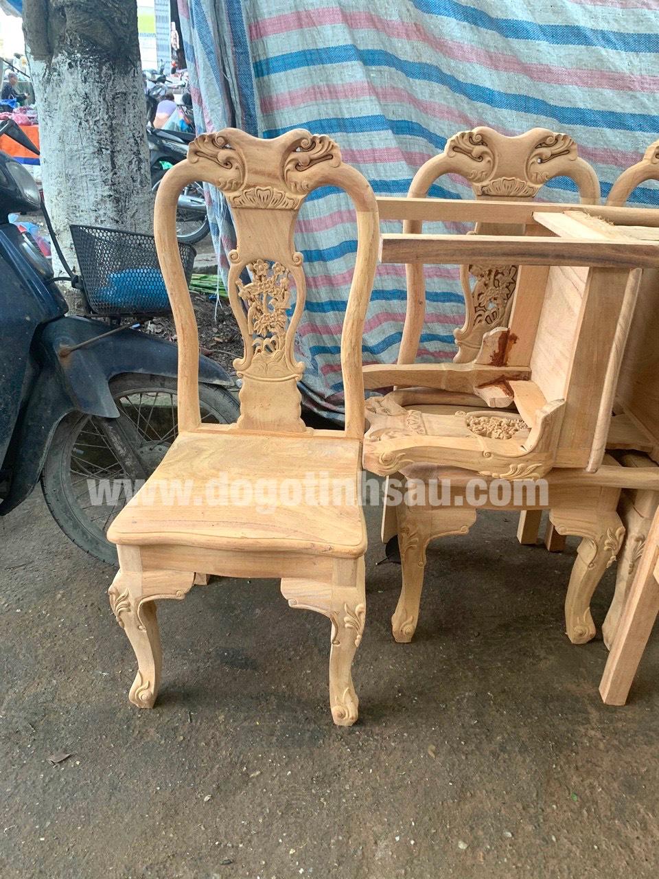mau ghe an go go do 12 - 5 Lý do để mẫu bàn ghế ăn gỗ gõ đỏ ngày càng được ưa chuộng trên thị trường