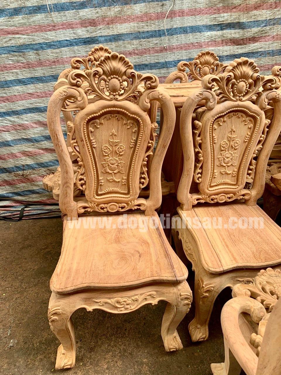 mau ghe an go go do 4 - 5 Lý do để mẫu bàn ghế ăn gỗ gõ đỏ ngày càng được ưa chuộng trên thị trường