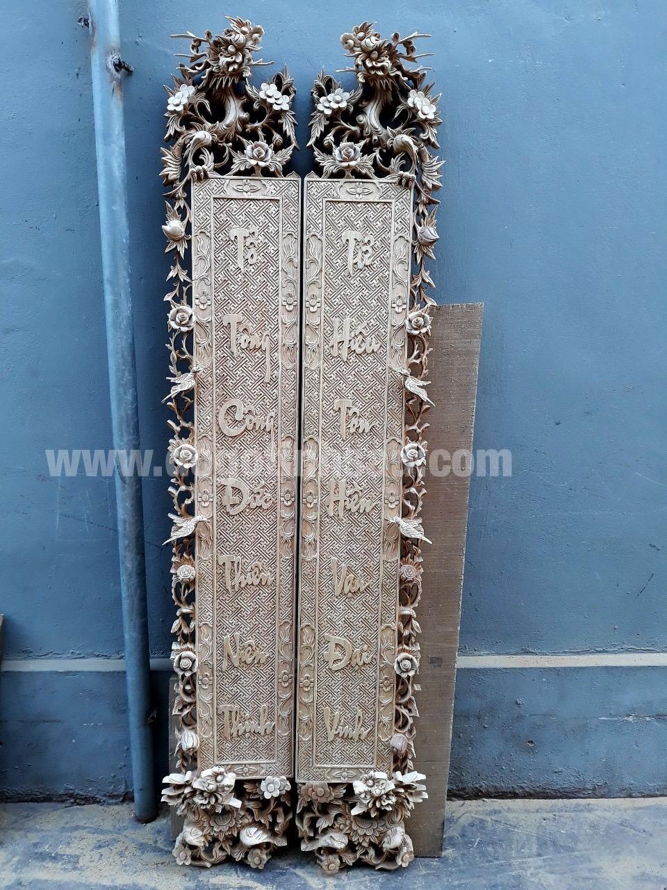 cau doi go gu - Cuốn thư câu đối gỗ gụ điểm nhấn cho không gian phòng thờ sang trọng