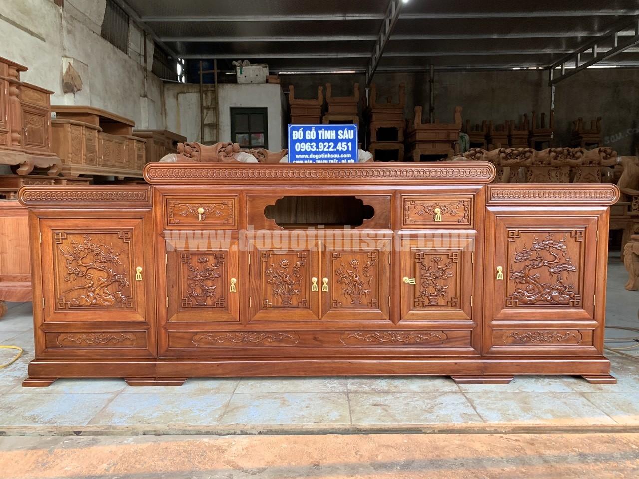 ke tivi go gu mau mo loi - Kệ tivi gỗ gụ 2m2 mẫu mõ lồi đồng tiền (hàng đặt)