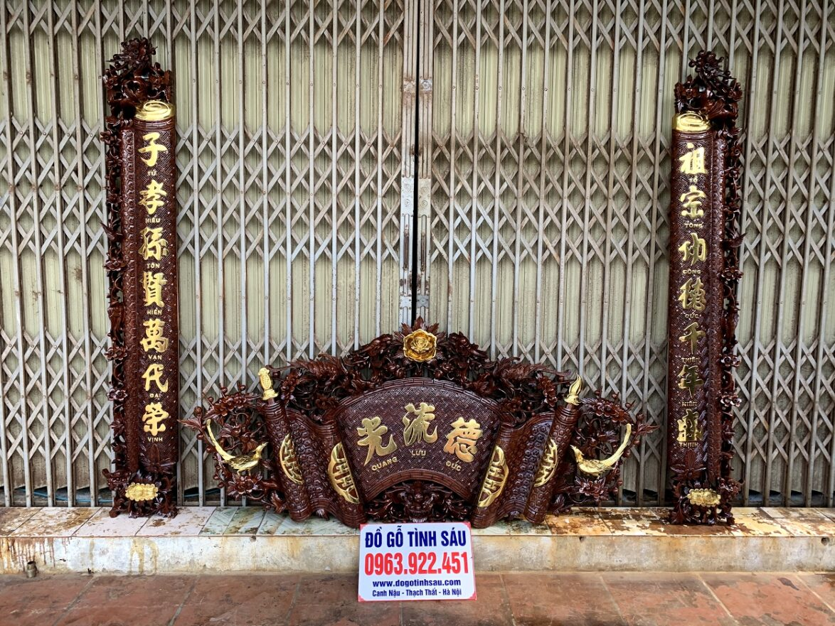 cuon thu cau doi mai hoa long go gu day 5cm 1174x881 - Câu Đối Cuốn Thư Mai Hóa Long Gỗ Gụ Dày 5cm (Dát Vàng Đài Loan)